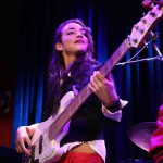 Советы бас гитаристам от Alissia Benveniste