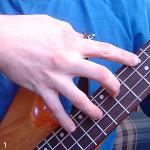 Тэппинг на бас гитаре
